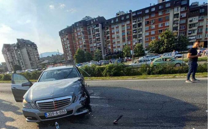 Jedna osoba povrijeđena u teškoj saobraćajnoj nesreći u Zenici