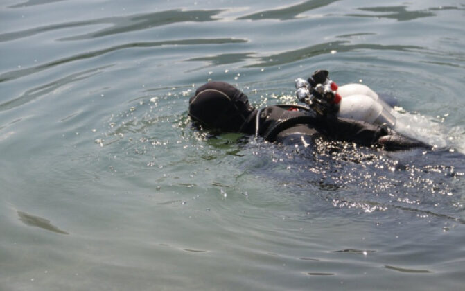 Kod HE Mostar se utopio mladić, ronioci pretražuju jezero