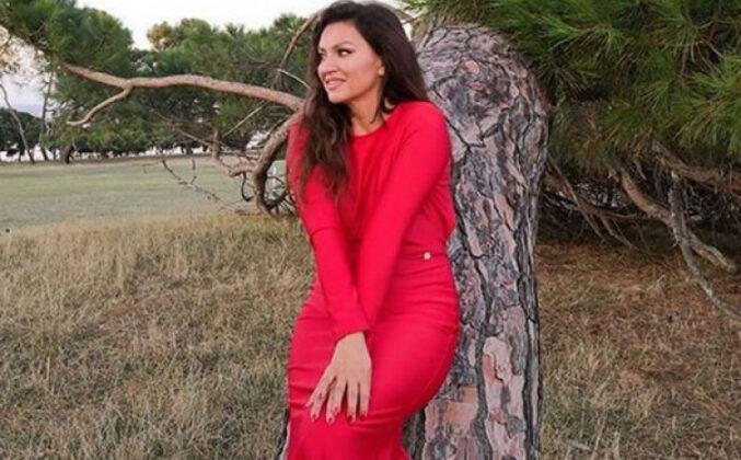 Nina Badrić pozirala nasmijana u krilu posebnog muškarca