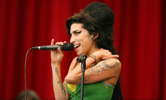 Najbolje prijateljice Amy Winehouse slomile se pred kamerama