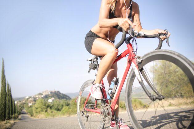 Šta se dogodi u TIJELU ako vozite biciklo sat vremena DNEVNO?